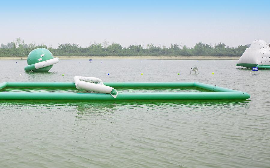 水上排球场